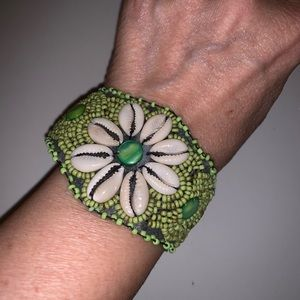Jewelry - Handmade Lime Green Shell Bracelet
